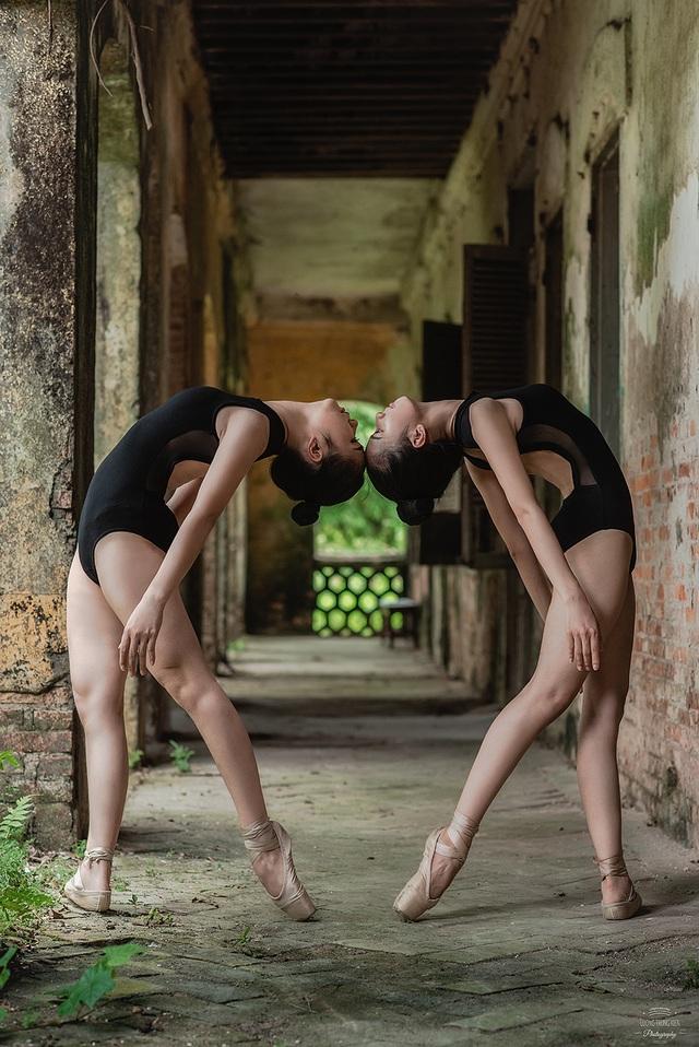 Bộ ảnh thiếu nữ múa ballet trong toà viện cổ thu hút dân mạng - 6