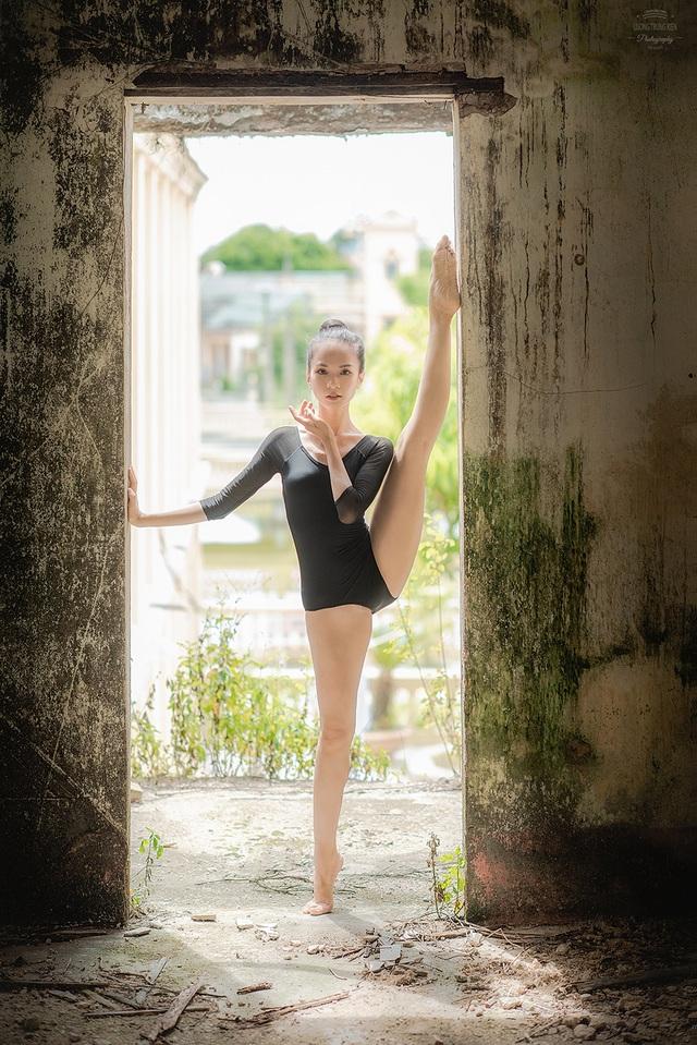 Bộ ảnh thiếu nữ múa ballet trong toà viện cổ thu hút dân mạng - 8