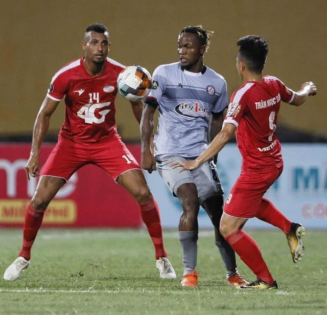 CLB TPHCM hụt hơi trong cuộc đua vô địch với Hà Nội FC - 1