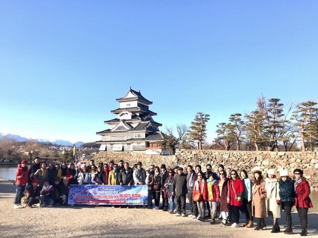 Nhật Bản rực rỡ hành trình hoa Mặt trời - 1