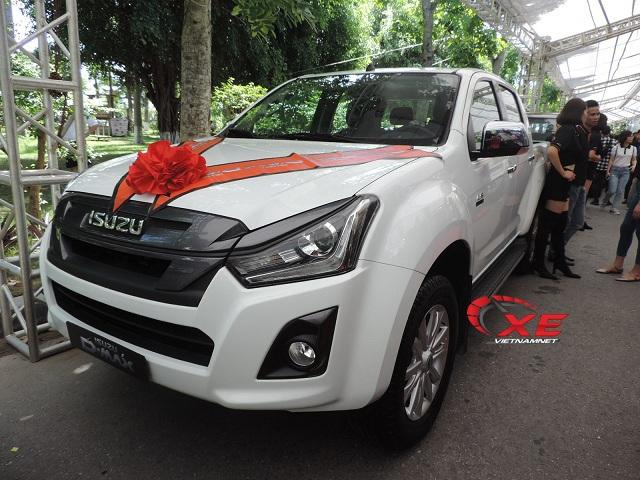 Khách Việt thờ ơ với giá ô tô giảm mạnh - 2