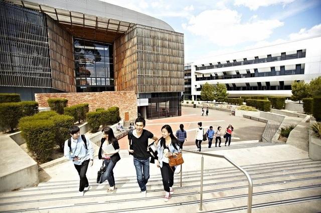 Học bổng, chính sách visa làm việc mới cho sinh viên du học Úc - 2