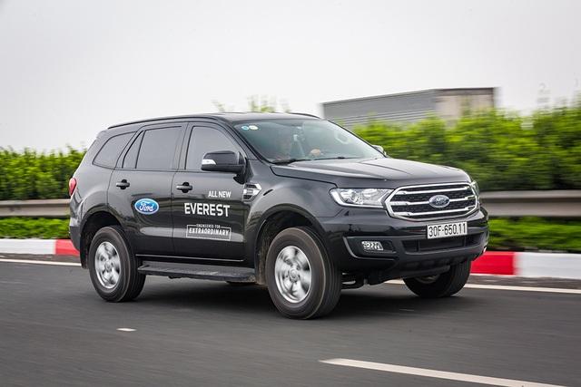 Thử thách chạy Ford Everest với một bình dầu: Hơn cả kỳ vọng! - 1
