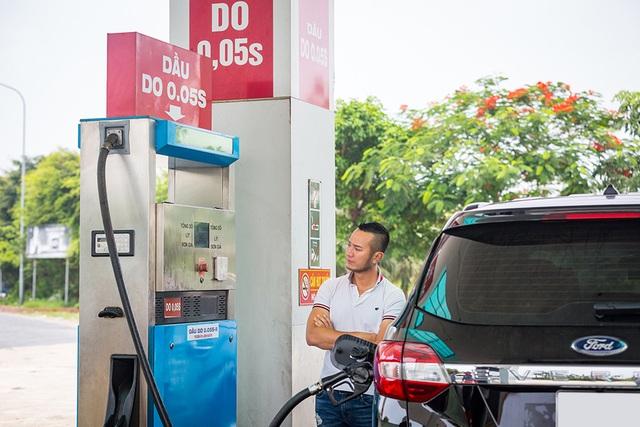 Thử thách chạy Ford Everest với một bình dầu: Hơn cả kỳ vọng! - 2