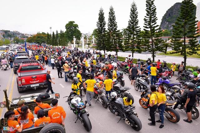 Hàng vạn khách đổ về Hạ Long - điểm đến của sự kiện văn hóa, thể thao tầm cỡ - 1