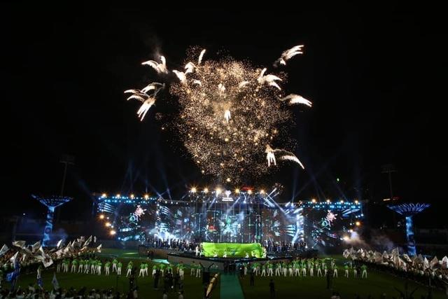 Vinhomes Grand Park: Phục vụ hơn 2.000 khách/ngày - 9