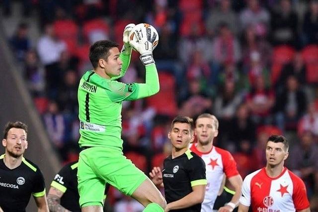 Filip Nguyễn và Văn Lâm cạnh tranh đến suất chính thức ở đội tuyển Việt Nam