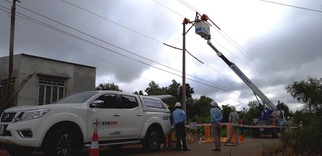 PC Đắk Nông đảm bảo an toàn lưới điện trong mùa mưa bão - 3