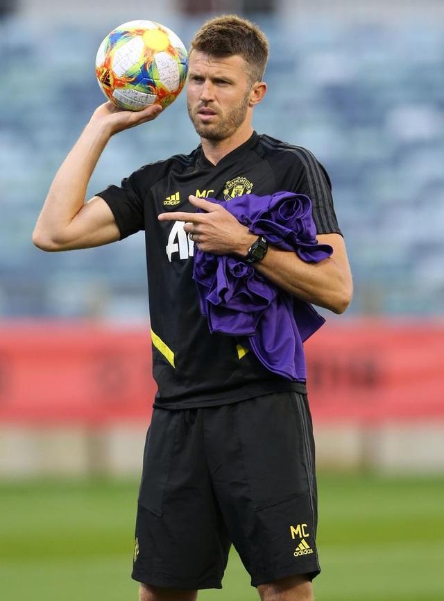 Các tân binh đắt giá tập luyện cùng Man Utd tại Australia - 6