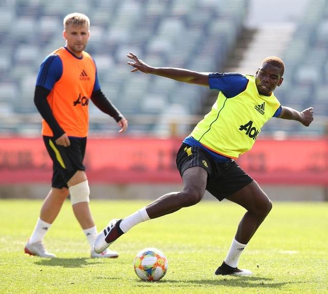 Các tân binh đắt giá tập luyện cùng Man Utd tại Australia - 15
