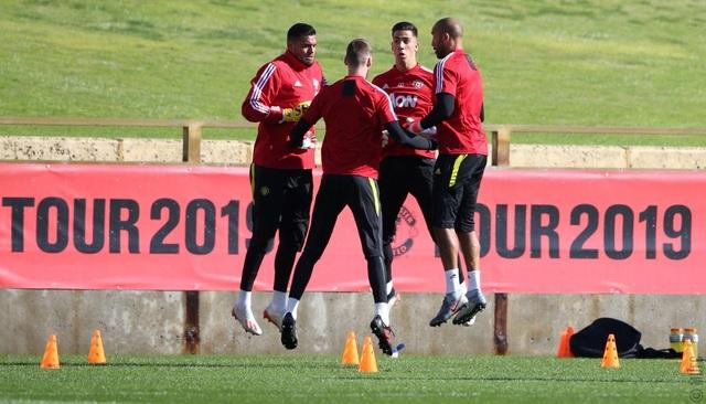 Các tân binh đắt giá tập luyện cùng Man Utd tại Australia - 16