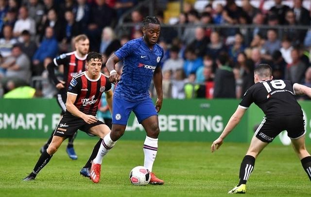 Chelsea bị cầm hòa đáng tiếc trong ngày ra mắt HLV Lampard - 1