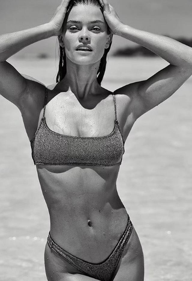 Người mẫu Nina Agdal tình tứ bên bạn trai - 9