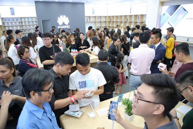 Chiếm lĩnh thị trường châu Âu, điện thoại Huawei tiếp tục chinh phục khách hàng Việt - 6
