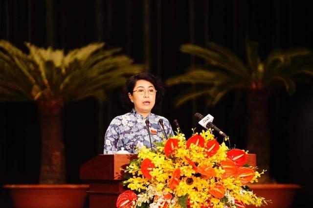 """Khai mạc kỳ họp 15 HĐND TPHCM: Lần đầu tiên triển khai """"kỳ họp không giấy"""" - 7"""