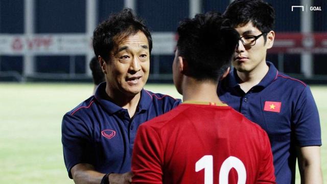 """""""Cánh tay phải"""" của thầy Park tin đội tuyển Việt Nam có thể dự World Cup - 1"""