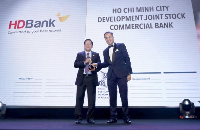 HDBank đạt giải thưởng nơi làm việc tốt nhất châu Á - 1