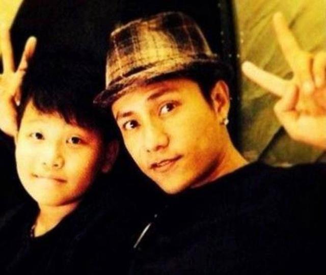 Trần Khôn - Ông bố đơn thân kỳ lạ nhất làng giải trí Hoa ngữ - 1