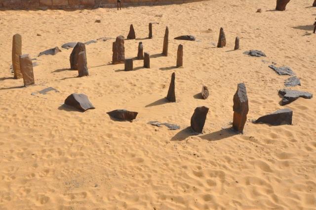 Những bí ẩn chưa tìm được lời giải đáp tại các sa mạc rộng lớn - 5
