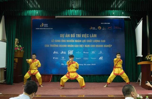 """Không khó để sinh viên Trường Doanh nhân CEO Việt Nam có mức lương """"khủng"""" - 4"""