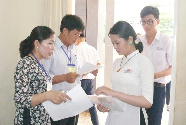 Cà Mau có 5 trường THPT đỗ tốt nghiệp 100% - 1