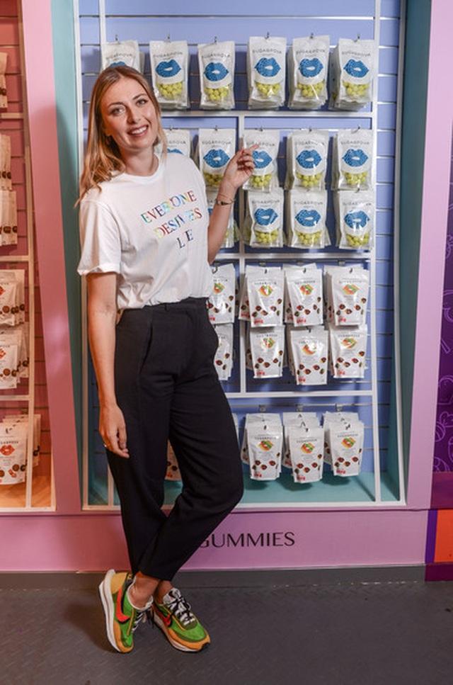 Maria Sharapova đẹp như người mẫu - 8