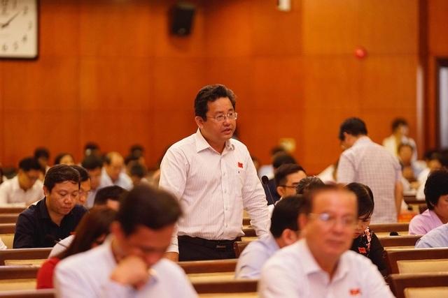 Phó Chủ tịch HĐND TPHCM: Xử lý nghiêm cán bộ sai phạm vụ Thủ Thiêm - 1