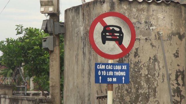 Đau đầu tình trạng ô tô đại náo làng quê vì né trạm thu phí - 4