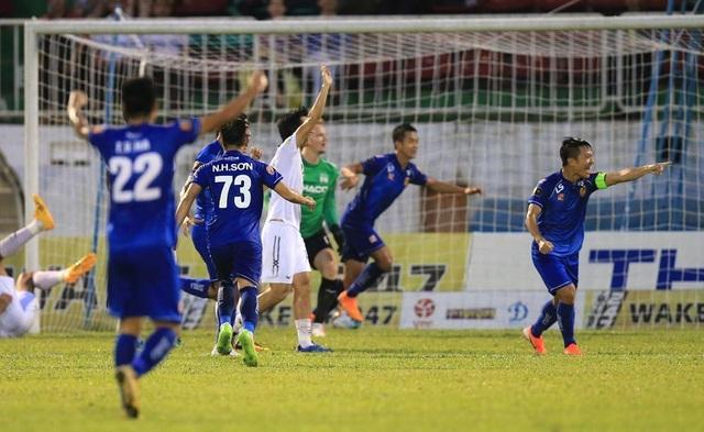 Thanh Trung lập cú đúp, Quảng Nam giành chiến thắng trước Sài Gòn FC - 1