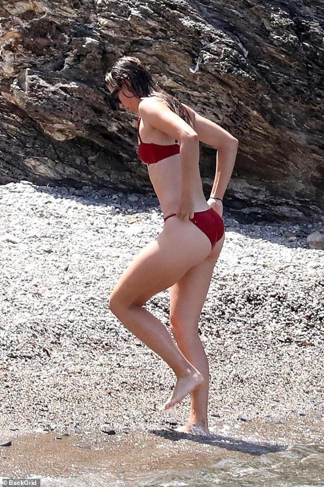 Maria Sharapova đẹp như người mẫu - 4