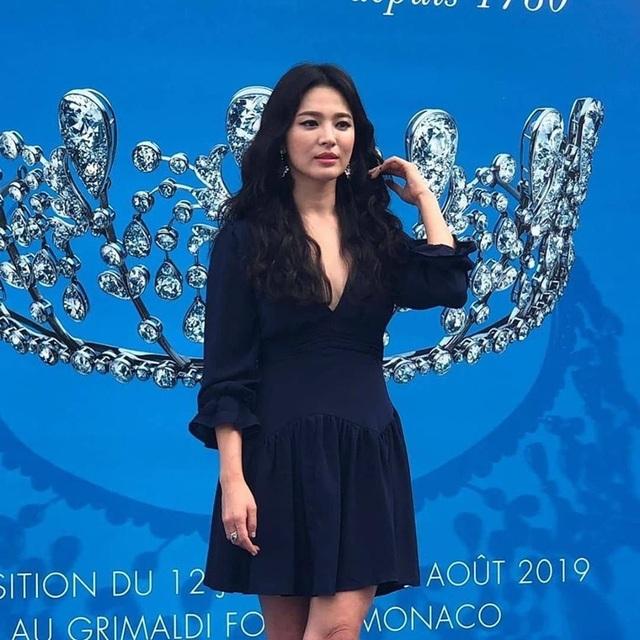 Song Hye Kyo gợi cảm, quyến rũ sau khi ly hôn - 4