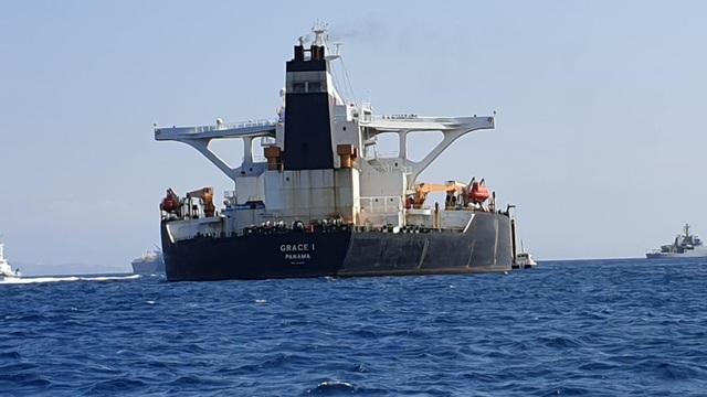 Thuyền trưởng tàu chở dầu Iran bị bắt giữa lúc căng thẳng - 1