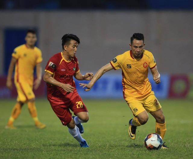 Ngoại binh lập cú đúp giúp CLB Thanh Hoá thắng SL Nghệ An - 3
