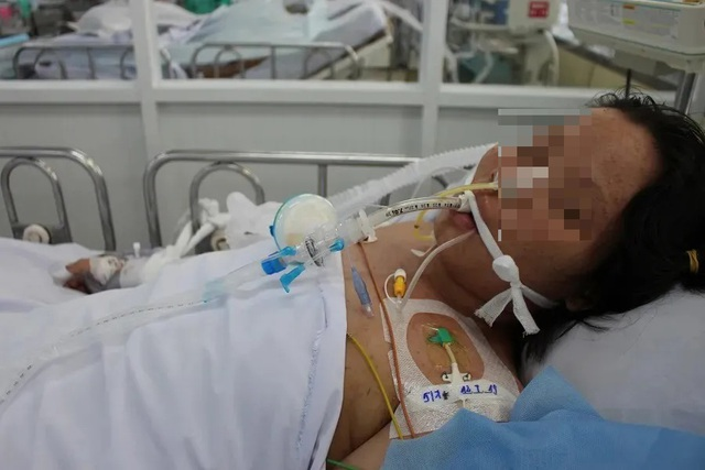 Thai phụ bị tiền sản giật, 2 bệnh viện hợp sức cứu cả mẹ lẫn con - 1