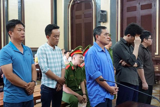 """Buôn lậu """"siêu xe"""", 5 Việt kiều Mỹ thoát án tù - 1"""