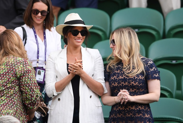 Công nương Kate Middleton diện váy gần 4000 USD đi xem tennis - 9