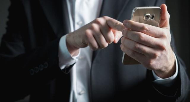 Làm thế nào để phòng tránh pin điện thoại thông minh phát nổ? - 1