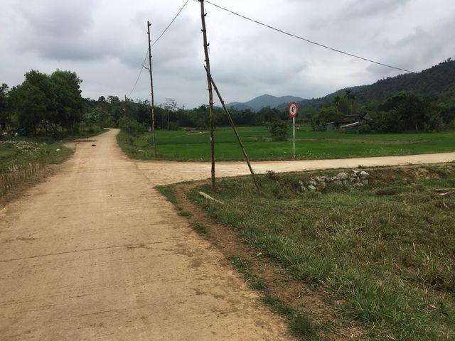 Cảnh cáo chủ tịch xã quy hoạch đường về thẳng... nhà riêng - 2