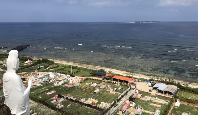 Quảng Ngãi: Đau đầu tìm phương thức thu phí tham quan đảo Lý Sơn - 1