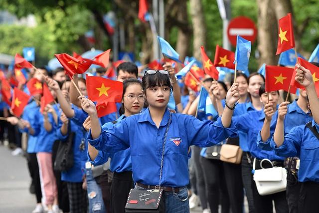 10.000 người diễu hành quanh hồ Gươm mừng Thành phố vì hòa bình - 14