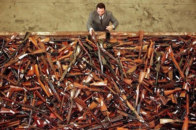 New Zealand: Người dân đổ xô đổi súng nhận tiền mặt sau thảm sát - 3