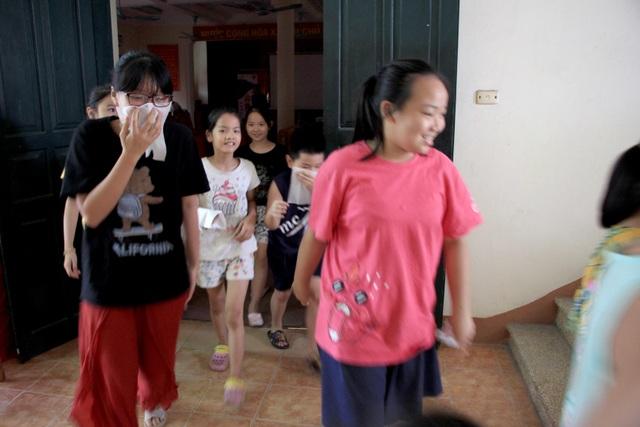 Hà Nội: Hơn 100 em nhỏ được tập huấn kỹ năng phòng cháy chữa cháy - 3