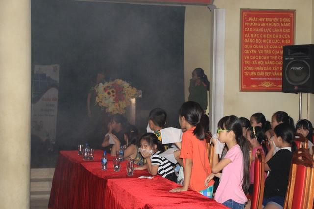 Hà Nội: Hơn 100 em nhỏ được tập huấn kỹ năng phòng cháy chữa cháy - 2