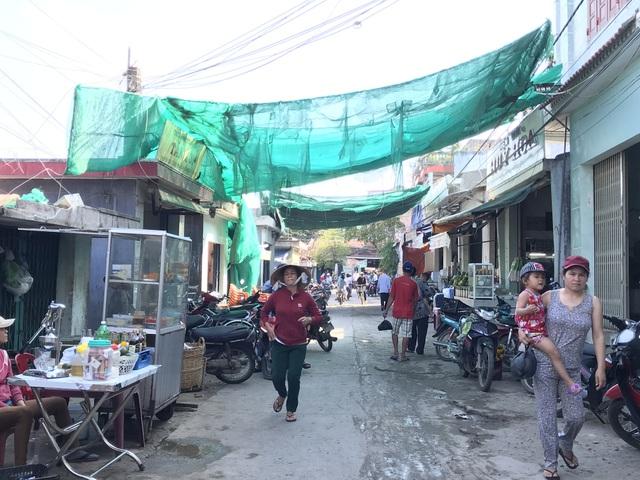Phú Yên: Chợ tiền tỷ xây xong vẫn đìu hiu vì nhiều tiểu thương không mặn mà! - 2