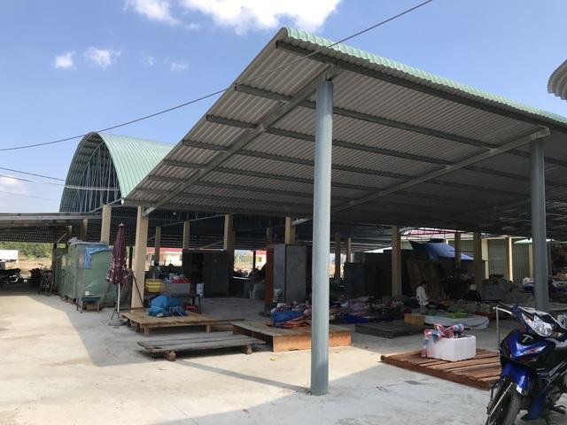 Phú Yên: Chợ tiền tỷ xây xong vẫn đìu hiu vì nhiều tiểu thương không mặn mà! - 5