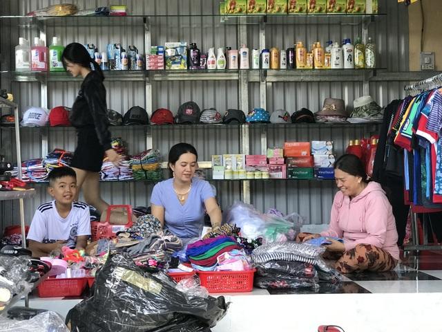 Phú Yên: Chợ tiền tỷ xây xong vẫn đìu hiu vì nhiều tiểu thương không mặn mà! - 6