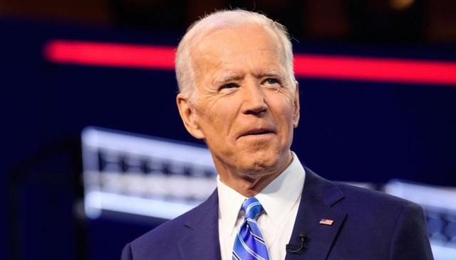 Ứng viên Tổng thống Mỹ Joe Biden kiếm gần 16 triệu USD trong 2 năm - 1