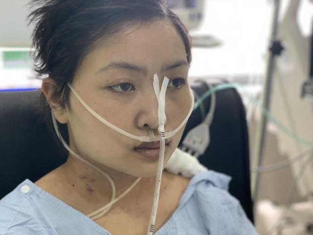 Xót xa cảnh mẹ nghèo mong hiến tính mạng để cứu con gái nhập viện bất thường - 7