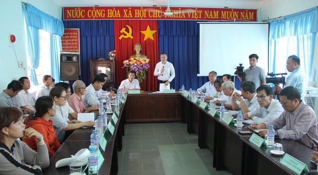 Vụ chợ tiền tỷ đìu hiu: Chủ tịch UBND tỉnh Phú Yên đối thoại với người dân! - 1