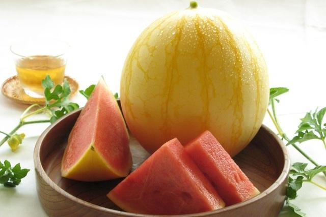 Vài triệu đồng/quả dưa hấu Nhật, người không hảo dưa cũng mua vài quả ăn dần - 5
